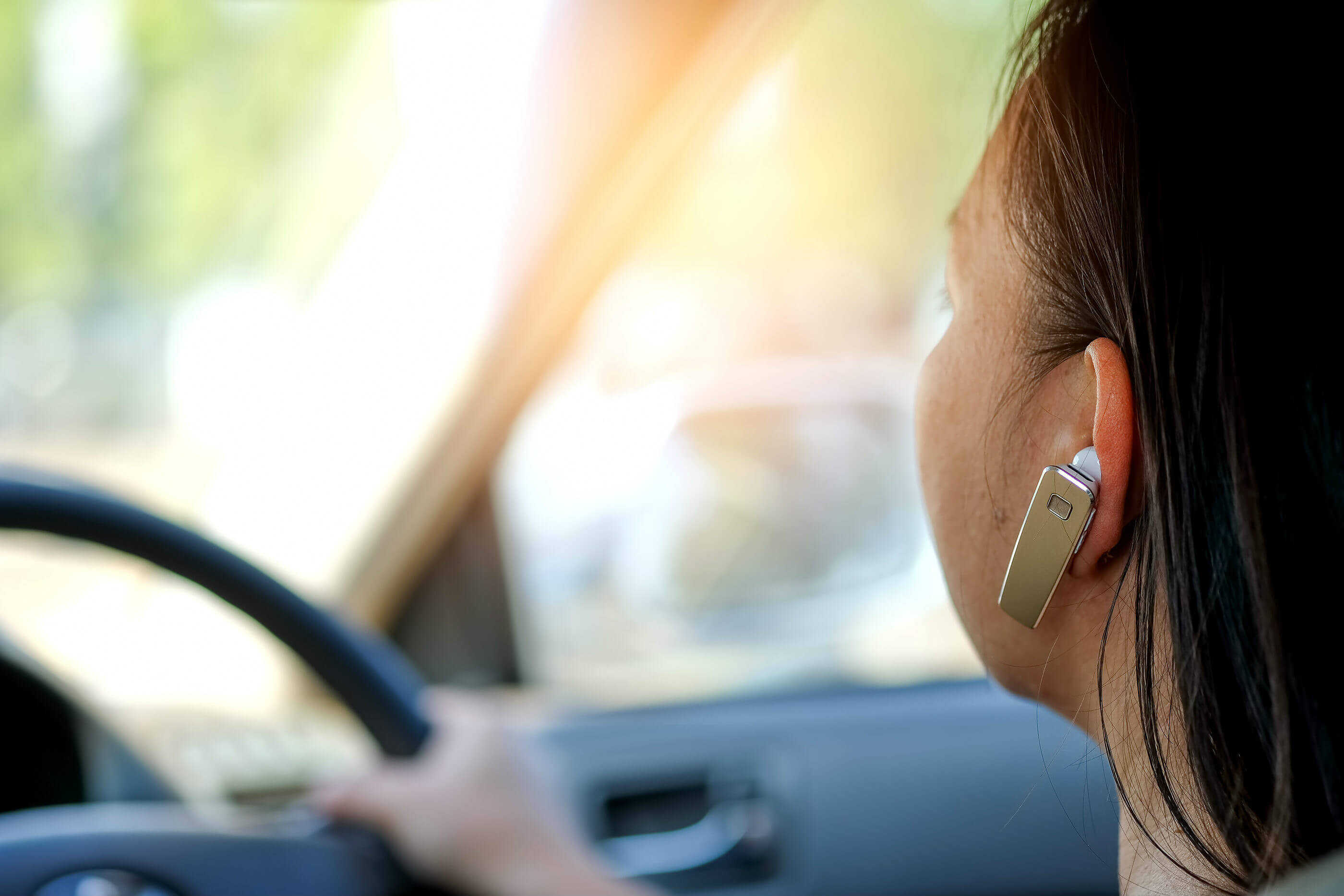 Bluetooth guide: how to make hand-free calls, stream music and predict breakdowns in an old car