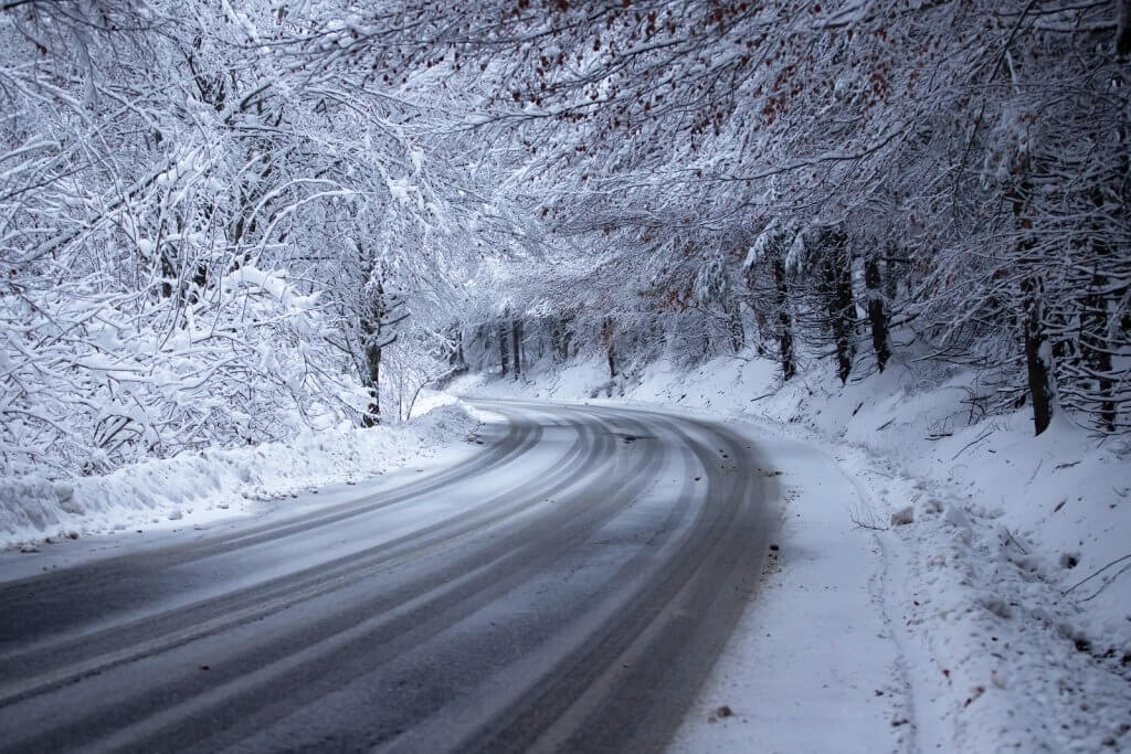 snowy, winter road: a cold, icy road like this can cause squeaky brakes